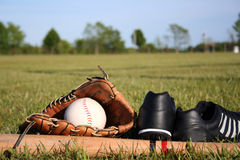 Equipamento de basebol imagem de stock