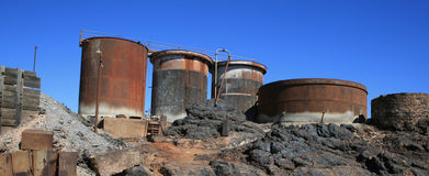 Equipamento de mineração Disused, monte quebrado Fotos de Stock Royalty Free