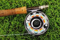 Equipamento de pesca da mosca imagens de stock royalty free