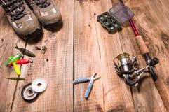 Equipamento de pesca e ferramentas Preparação para pescar imagem de stock royalty free