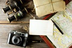 Equipamento de viagem velho Fotografia de Stock Royalty Free
