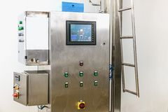 Equipamento do painel de controle na indústria farmacêutica Foto de Stock Royalty Free