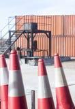Equipamento dos postes de amarração dos cones do tráfego Fotos de Stock Royalty Free