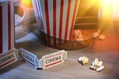 Equipamento e elementos do fim do cinema acima do co horizontal elevado Imagens de Stock