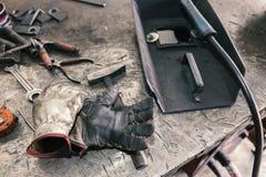 Equipamento e ferramentas de soldadura Fotografia de Stock