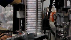 Equipamento na fábrica do leite vídeos de arquivo