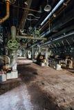 Equipamento, tubulações & válvulas - central elétrica - Indiana Army Ammunition Depot - Indiana abandonados imagens de stock