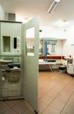 Equipamiento médico en centro médico Imagen de archivo libre de regalías