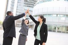 Equipe diversa do negócio que comemora o sucesso Fotos de Stock Royalty Free