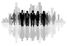 Equipe do negócio no fundo da cidade Fotos de Stock