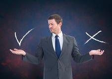 Equipe a escolha ou a decisão com mãos abertas da palma certo ou tiquetaqueie erradamente e x Fotografia de Stock Royalty Free