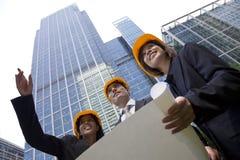Equipe executiva da construção