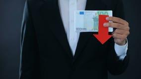 Equipe guardar as cédulas, euro- queda relativo ao franco suíço, previsão financeira filme