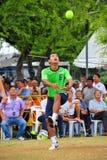 Equipe o pontapé a bola no jogo do voleibol do pontapé, takraw do sepak Fotos de Stock