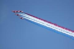 Equipe vermelha britânica do indicador das setas de Royal Air Force Fotos de Stock Royalty Free
