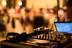 Equipement del miscelatore del DJ Immagini Stock Libere da Diritti