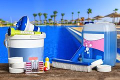 Free Equipment With Chemical Cleaning Products And Tools For The Maintenance Of The Swimming Pool. Royalty Free Stock Images - 152652579
