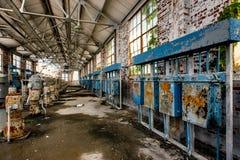 Equipo - casa de nitratación abandonada - Indiana Army Ammunition Depot - Indiana abandonadas imagen de archivo