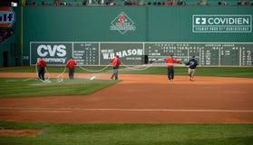 Equipo de argumentos en la primera jornada de Red Sox Imagenes de archivo