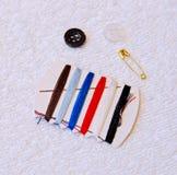 Equipo de costura común Fotos de archivo libres de regalías