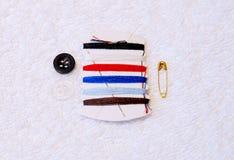 Equipo de costura común Foto de archivo libre de regalías