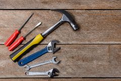 Equipo de herramienta, martillo del sistema de herramientas del mecánico, llave, destornillador fotografía de archivo