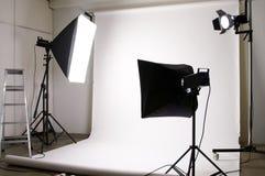 Equipo de iluminación del estudio Fotos de archivo libres de regalías