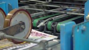 Equipo de la tipografía en casa de la prensa almacen de metraje de vídeo