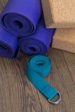 Equipo de la yoga Fotos de archivo libres de regalías