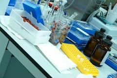 Equipo de laboratorio Imagen de archivo libre de regalías