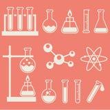 Equipo de laboratorio químico foto de archivo libre de regalías
