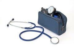 Equipo de medida de la presión arterial Fotografía de archivo libre de regalías