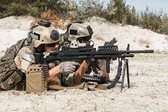 Equipo de metralleta de los guardabosques del Ejército de los EE. UU. Fotos de archivo libres de regalías