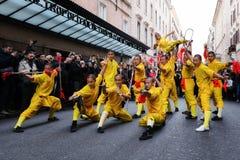 Equipo de monjes chinos, artistas marciales Foto de archivo