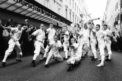 Equipo de monjes chinos, artistas marciales Fotografía de archivo