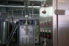 Equipo de producción de leche Imagenes de archivo