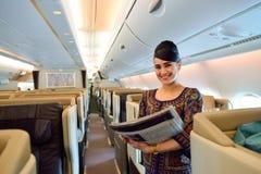 Equipo de Singapore Airlines Foto de archivo libre de regalías