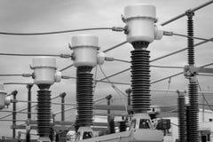 Equipo de un alto voltaje de redes eléctricas Foto de archivo libre de regalías
