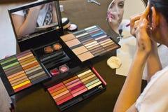 equipo del maquillaje imagen de archivo