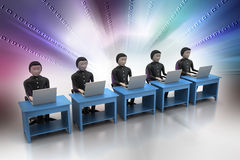 Equipo del negocio que mira un ordenador portátil Imagen de archivo libre de regalías