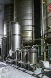 Equipo del tanque Industria farmacéutica y química Fabricación en la planta Imagen de archivo libre de regalías