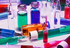 Equipo del vidrio del laboratorio médico Imagen de archivo libre de regalías