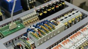 Equipo eléctrico Foco selectivo almacen de video