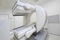 Equipo en radioterapia Imágenes de archivo libres de regalías