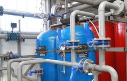 Equipo para el proceso químico del agua Fotografía de archivo libre de regalías