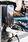 Equipo para los coches eléctricos y los logros Imagenes de archivo
