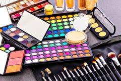 Equipo profesional del maquillaje Imagen de archivo libre de regalías