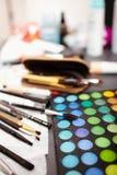 Equipo profesional del maquillaje Fotos de archivo libres de regalías