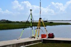 Equipo que examina por el río en St Augustine Foto de archivo