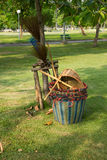 Equipos de la limpieza del parque Imagen de archivo libre de regalías